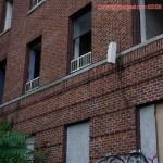 Staten Island Smash And Grab: The pilfered apartment building.